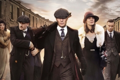 Programme Name: Peaky Blinders IV - TX: n/a - Episode: n/a (No. n/a) - Picture Shows: Aimee-Ffion Edwards (Esme Shelby), Joe Cole (John Shelby), Jordan Bolger (Isiah), Sophie Rundle (Ada Shelby), Paul Anderson (Arthur Shelby), Cillian Murphy (Tommy Shelby), Helen McCrory (Polly Gray), Finn Cole (Michael Gray), Natasha O'Keeffe (Lizzie Stark), Harry Kirton (Finn Shelby), Kate Phillips (Linda Shelby) in series four of Peaky Blinders, coming soon to BBC Two  Photographer: Robert Viglasky   © Caryn Mandabach Productions Ltd 2017  Production credit: A Caryn Mandabach and Tiger Aspect Production  - (C) © Caryn Mandabach Productions Ltd 2017 - Photographer: Robert Viglasky
